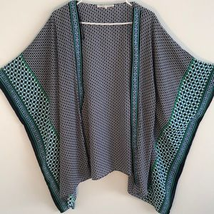 Violet and Claire kimono style top